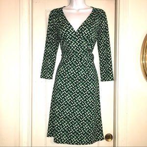 Ann Taylor LOFT Geo. Print Faux Wrap Dress Size 6